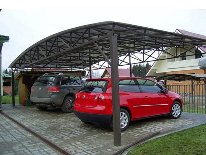 Навес из поликарбоната для автомобилей