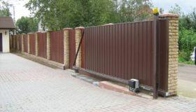 Откатные ворота на въезде в садоводческое товарищество