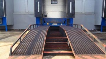 Пандусы для разгрузки грузовых машин: изготовление и установка