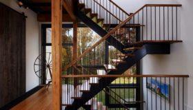 Металлическая лестница для помещения (Вар.2)