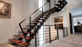 Металлическая лестница для помещения (Вар.3)