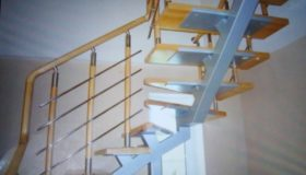 Металлическая лестница для помещения (Вар.6)